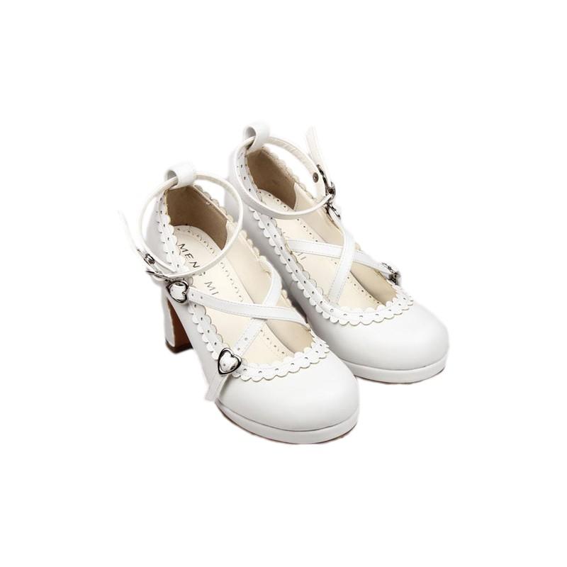 chaussures blanches lolita talon 8cm avec une paire de chaussette montante black sugar. Black Bedroom Furniture Sets. Home Design Ideas